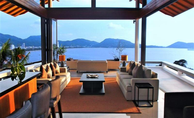 Picture Exclusive 6 Bedroom Villa for Sale Overlooking Patong Bay