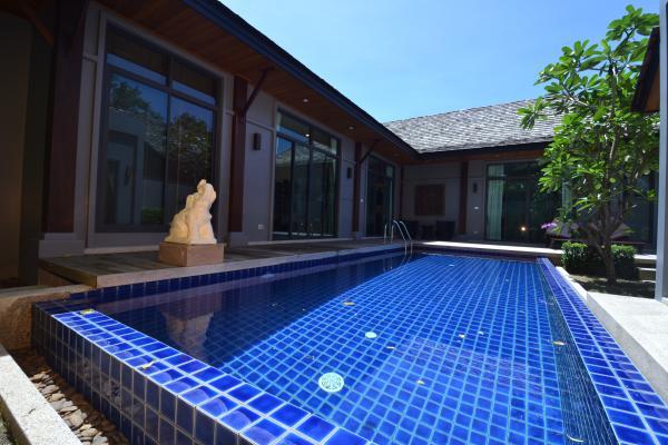 Photo Location villa de 3 chambres avec piscine à Nai Harn, Phuket