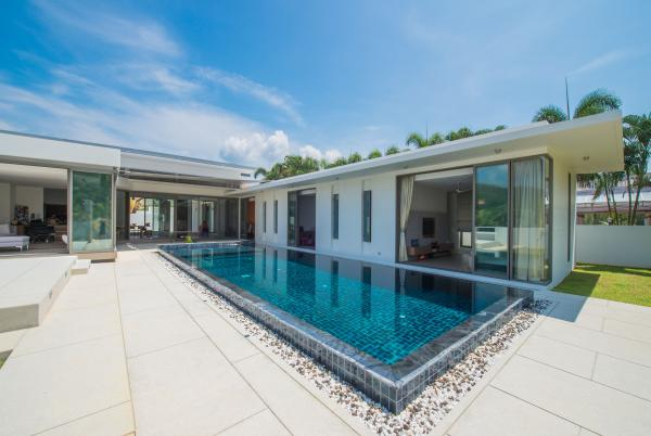 Picture Phuket pool villa for sale in Thalang area