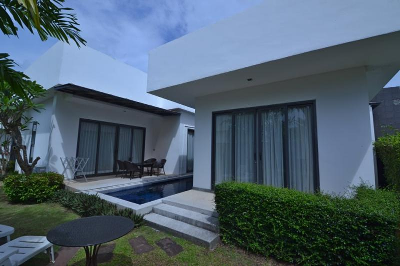 Picture Cheap 2 bedroom pool villa for sale in Cherngtalay