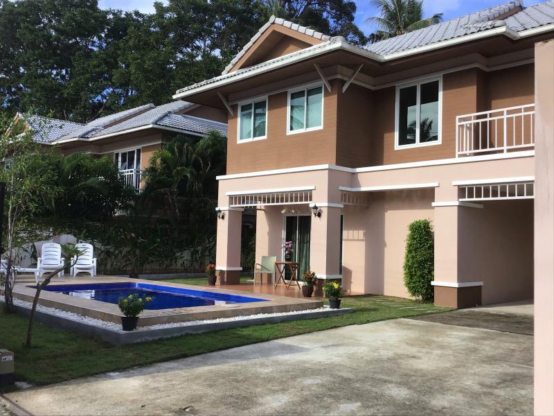 Photo Maison de 4 chambres et piscine à vendre à Paklok, Phuket, Thaïlande