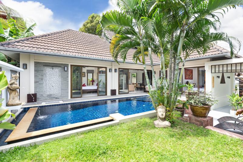 Picture Renovated Thai-Balinese 2 Bedroom Pool Villa for Rent in Rawai