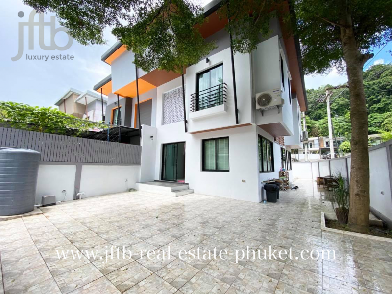 Picture Fully renovated 3 bedroom Twin House for sale in Patong, Phuket