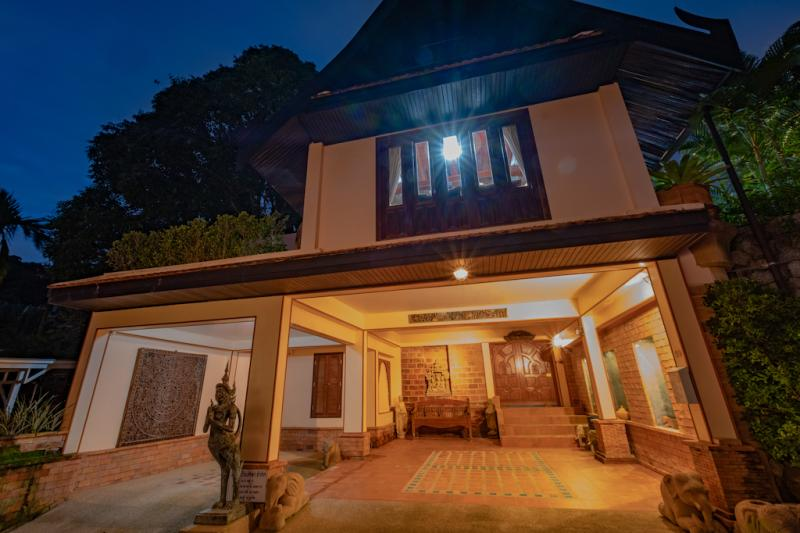 Picture Phuket 6 Bedroom Sea View Pool Villa for Sale in Kamala
