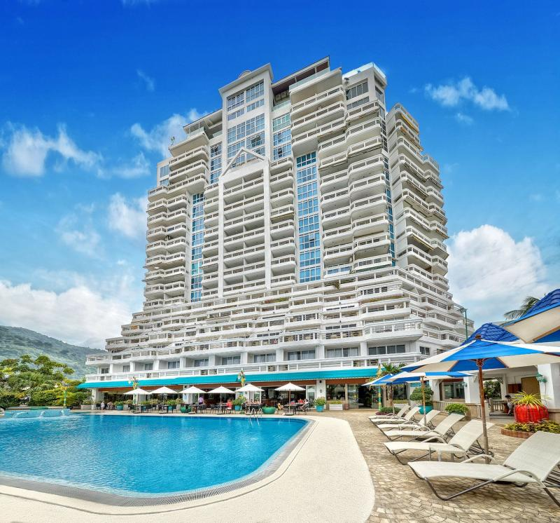 Picture Top Modern Sea View Condo on Patong Beach for Rent