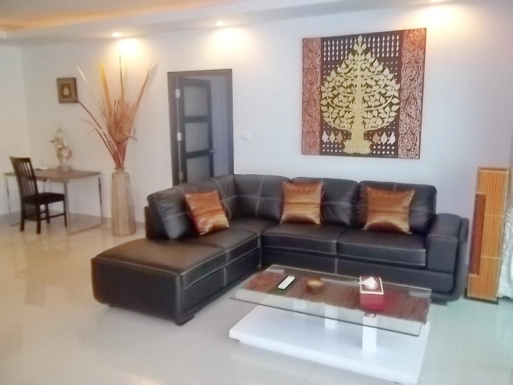 rent very well located and luxuriously decorated 2 bedroom and 2