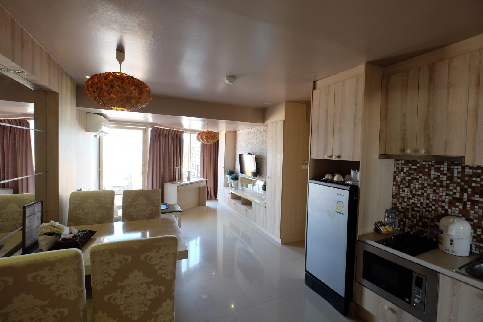 Phuket luxury 2 bedroom sea view condo for sale in patong for Hotel decor for sale