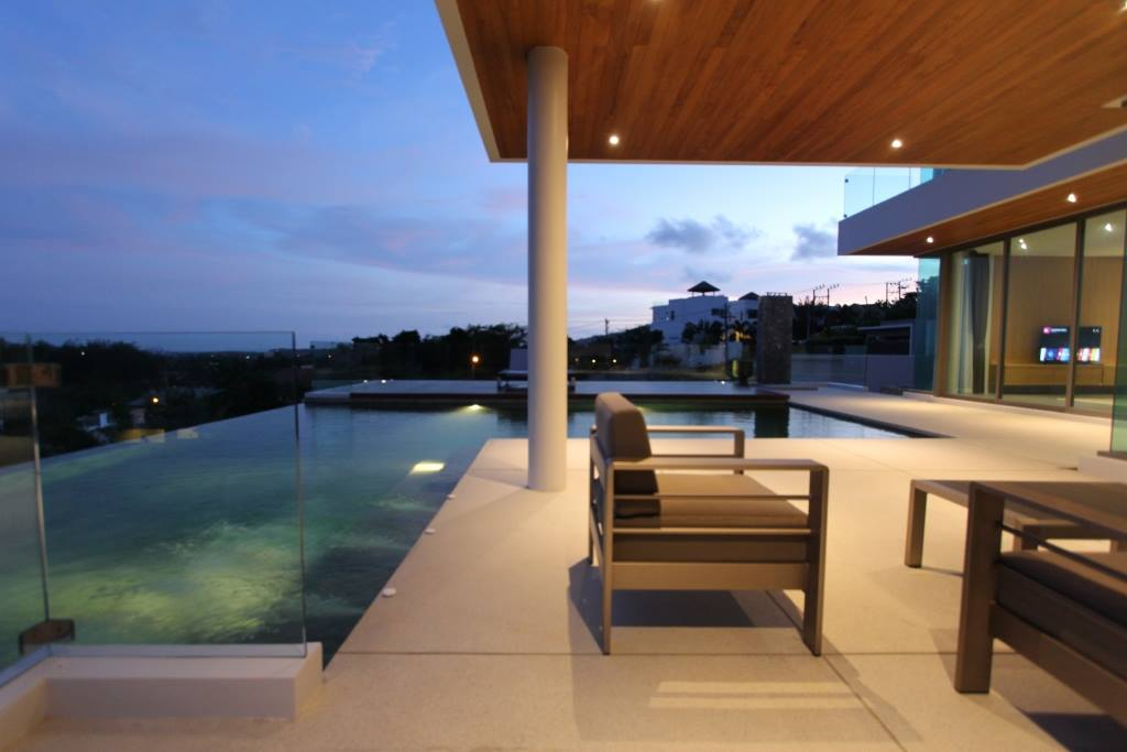 Phuket New Luxury Villa For Sale With Sea View In Rawai