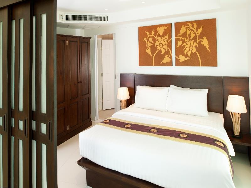 Photo 1 bedroom Sea View condo for sale in Kata, Phuket, Thailand