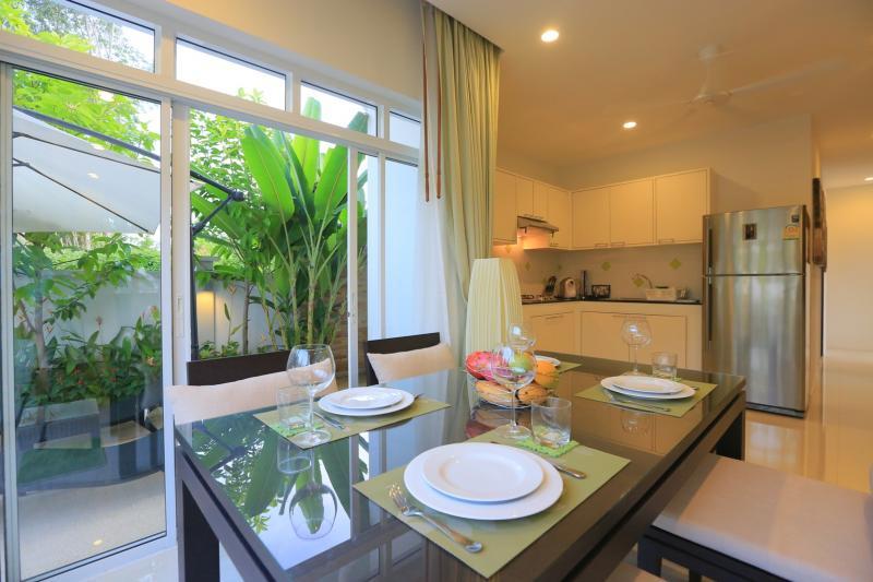 Photo Villa à vendre à Phuket Rawai