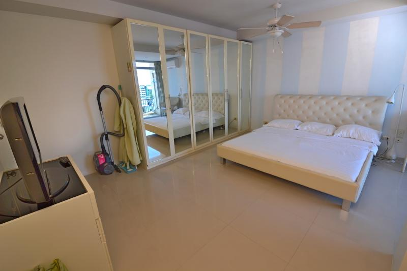 Photo 2 bedroom penthouse to sell in Patong, Phuket , Thailand
