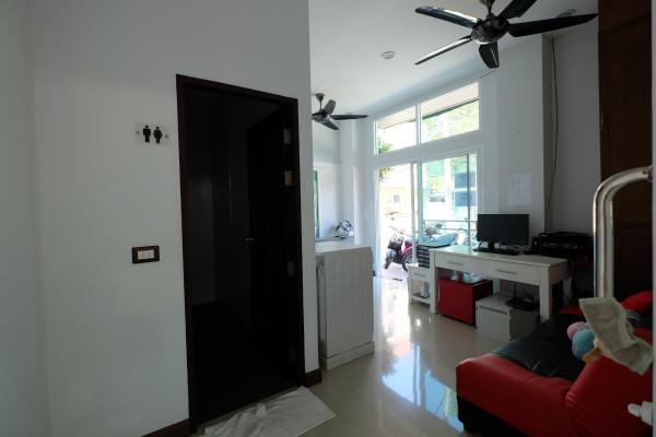Photo Thailand - Building with 19 Rooms for sale in Patong (Phuket)