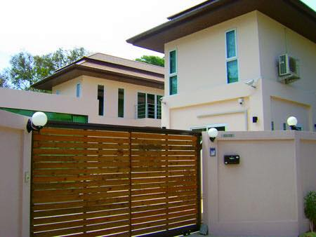 Photo 4 bedroom villa with pool to sell in Rawai, Phuket