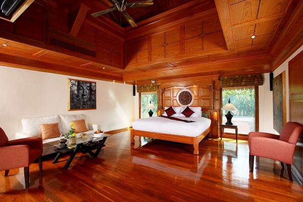 Photo Luxury 11 bedroom sea view villa for sale in Patong, Phuket