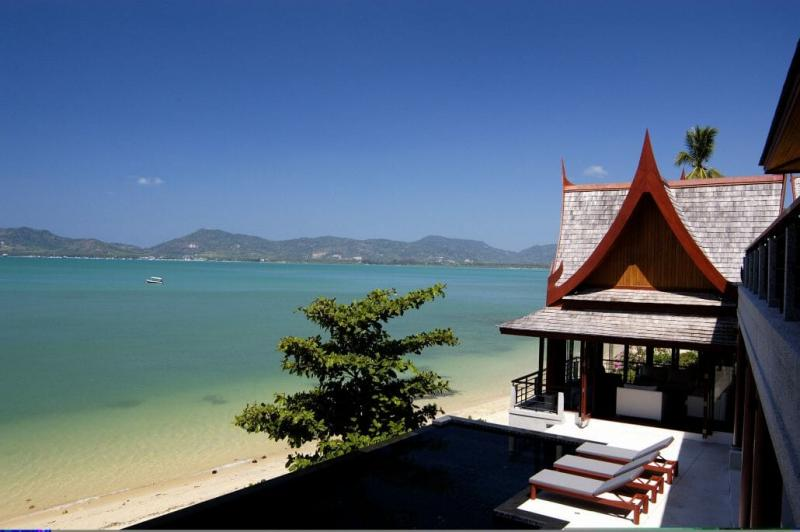 Photo Beachfront 5 bedroom pool villa for sale in Phang Nga