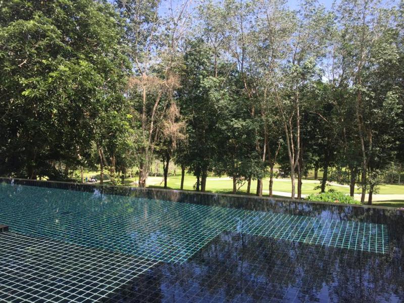 Photo Superbe villa de 4 chambres à vendre dans le clue de golf de Blue Canyon à Phuket