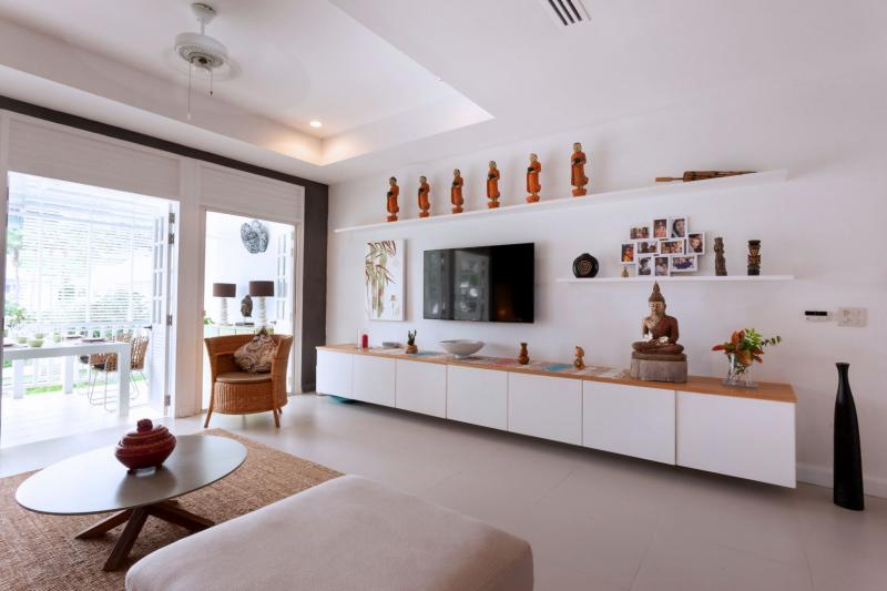 Photo Apartment for sale in Layan, Phuket