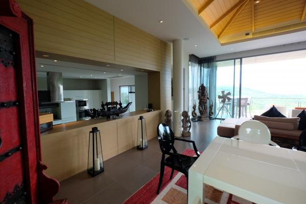 Photo Phuket Hi-end luxury villa for sale in Layan with Sea View