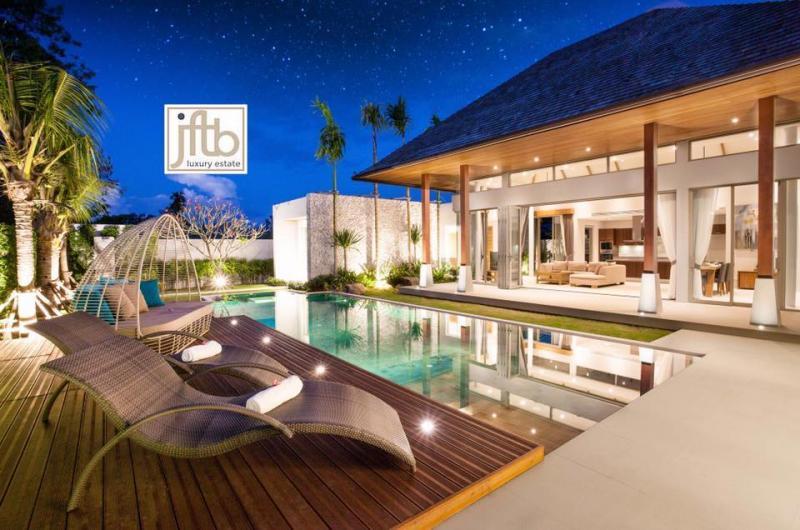 Photo Beautiful brand new 4 bedroom luxury villa for sale in Layan, Phuket, Thailand