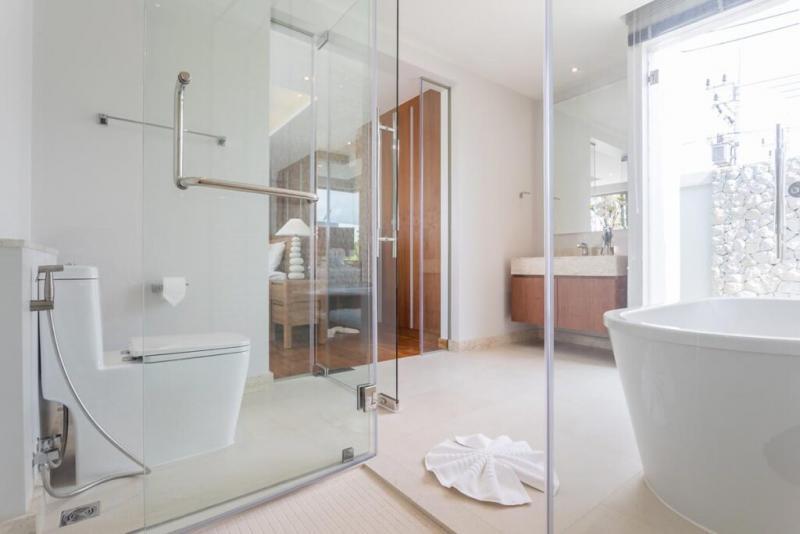 Photo Prix promotionnel !! Nouvelle villa de luxe de 3 chambres à vendre à Layan, Phuket