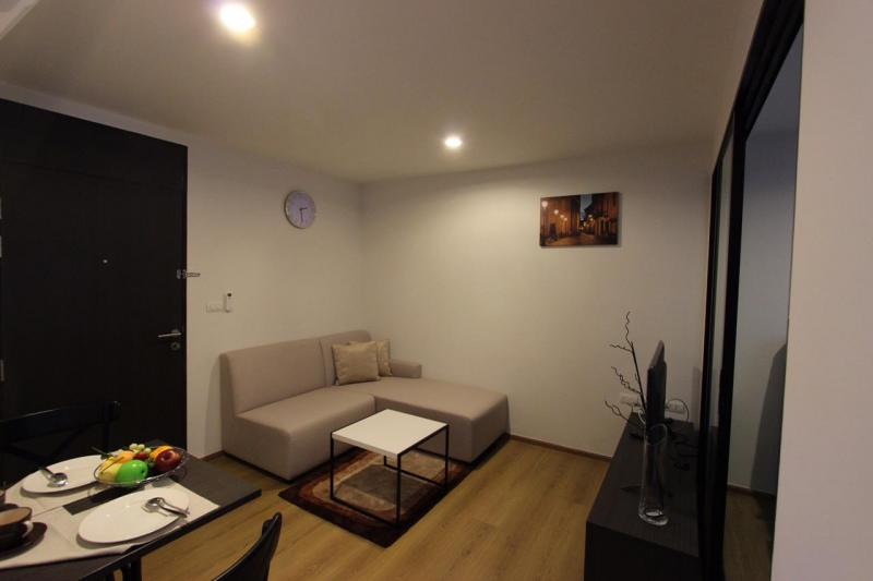 Photo Cheap new condo for long term rental in Phuket Town
