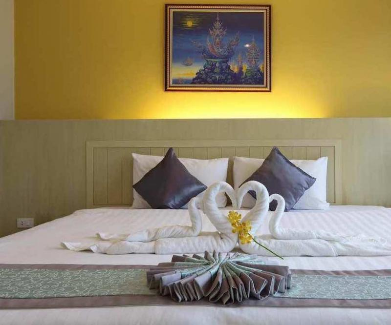 Photo Hotel with 60 rooms, pool and restaurant for lease in Patong