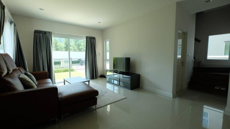 Photo Kathu area brand new 4 bedroom house for rent
