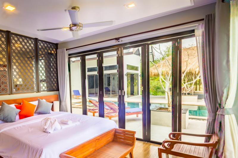Photo Koh Lanta 3 bedroom luxury villa for sale with sea view (Thailand)