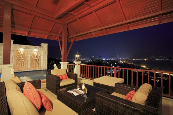 Photo Patong Beach Exclusive Sea View villa for luxury vacation