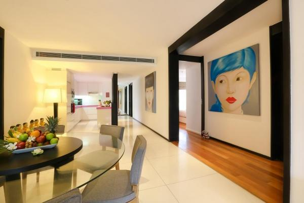 Photo Modern superb 2 Bedroom apartment for sale in Surin, Phuket, Thailand