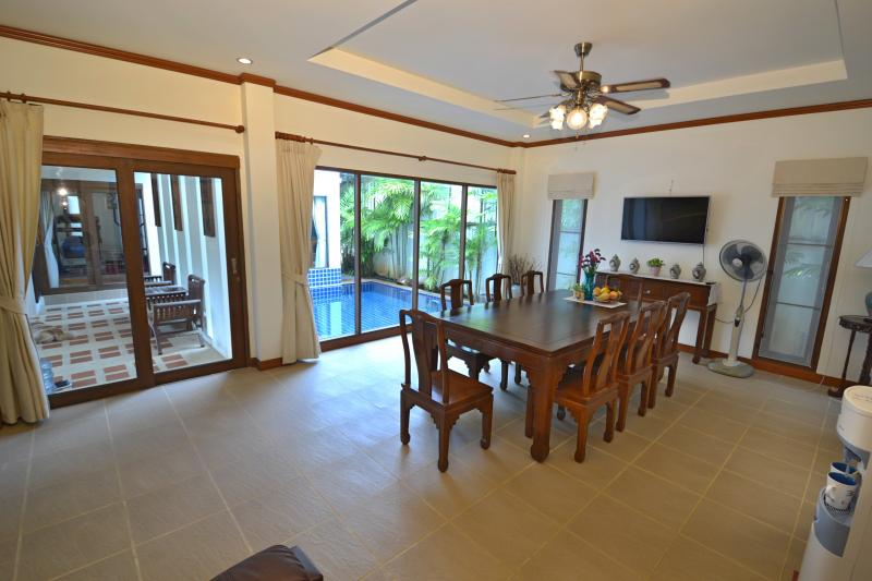 Photo Luxury double fronted house for Sale in Chalong, Phuket, Thailand