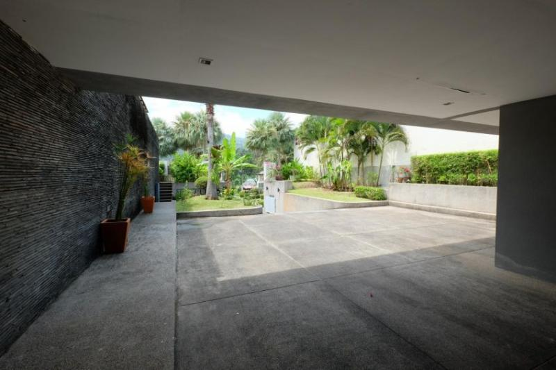 Photo Luxury villa for sale in Loch Palm Golf (Kathu), Phuket