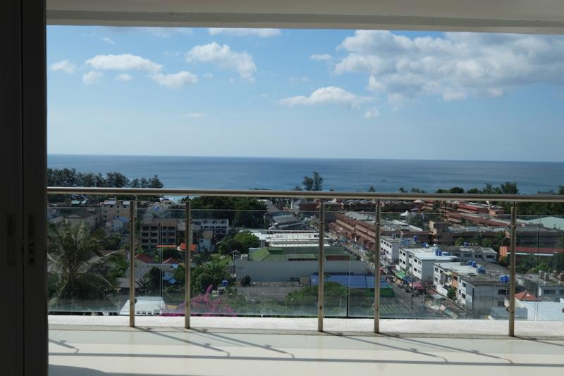 Photo Modern 2 Bedroom Condo with Fantastic Sea View Apartment For Sale in Karon, Phuket
