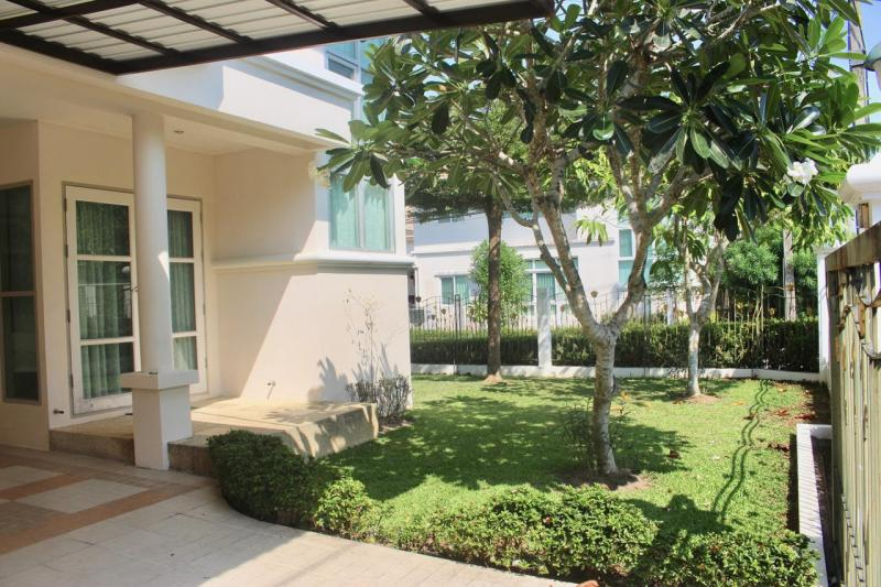 Photo Modern 3 Bedroom House for Sale in Thalang, Phuket