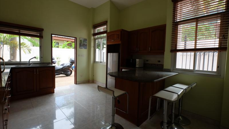 Photo Modern 3 bedroom pool villa for sale in Kathu, Phuket, Thailand