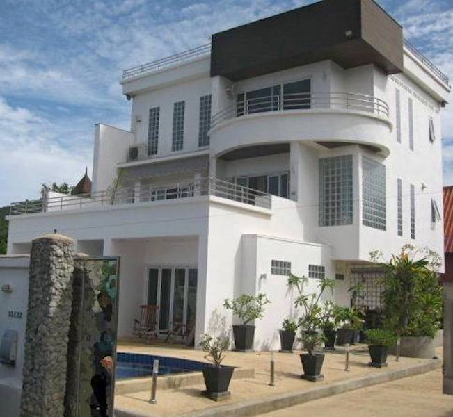 Photo Modern and recent 4 Bedroom Pool Villa to Sell in Rawai, Phuket