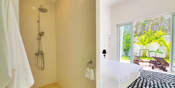 Photo Tropical 3 bedroom villa to rent with pool in Paklok,Phuket