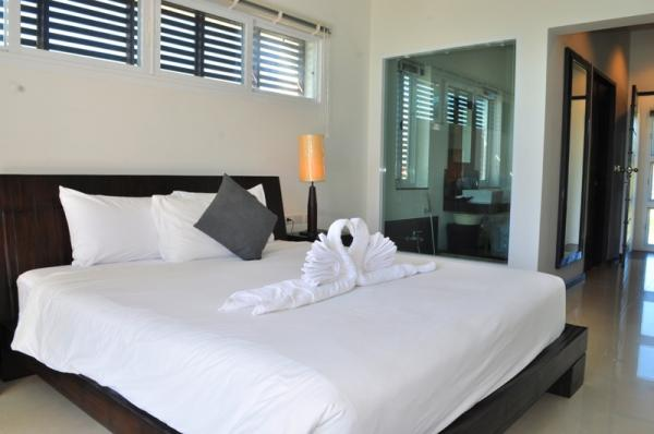 Photo Oxygen pool villa for rent in Nai Harn, Phuket, Thailand