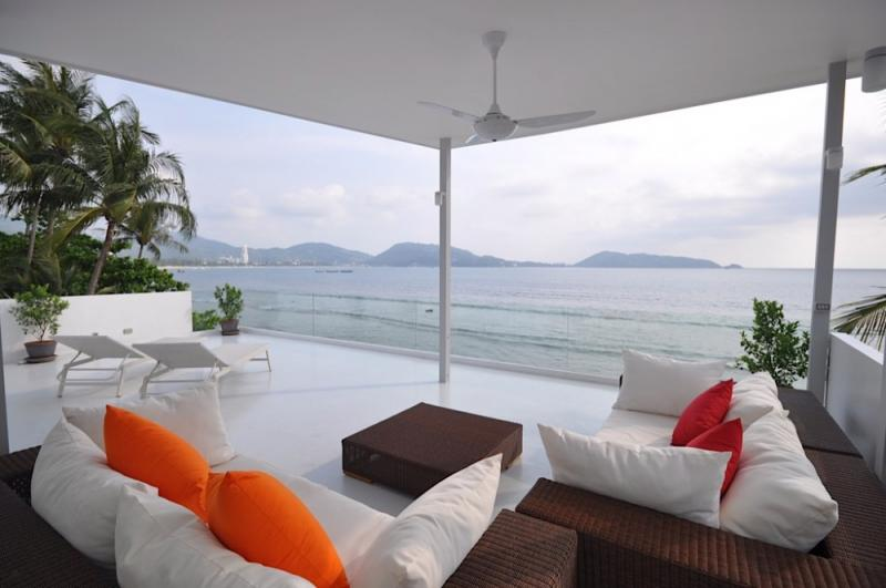 Photo Patong Beachfront Villa for Sale