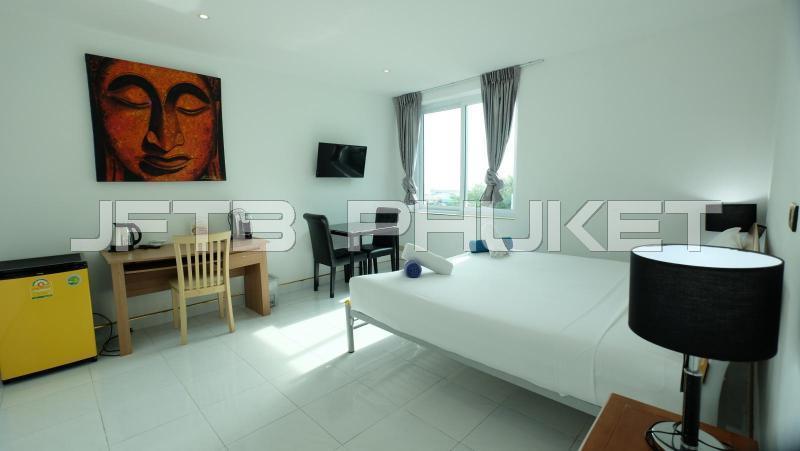 Photo Chambre moderne entièrement meublée à louer à Patong Beach
