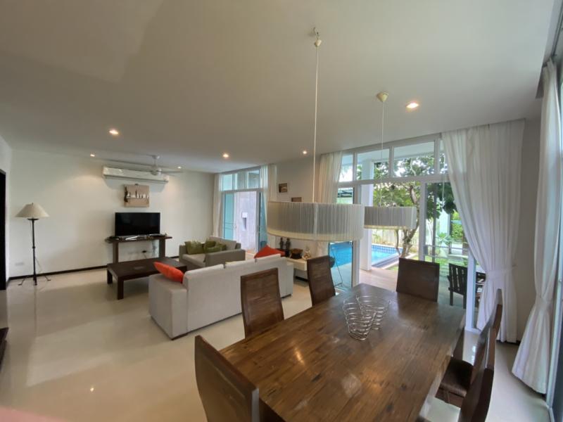 Photo 2 villas de luxe, côte à côte, à vendre à Rawai comme investissement immobilier