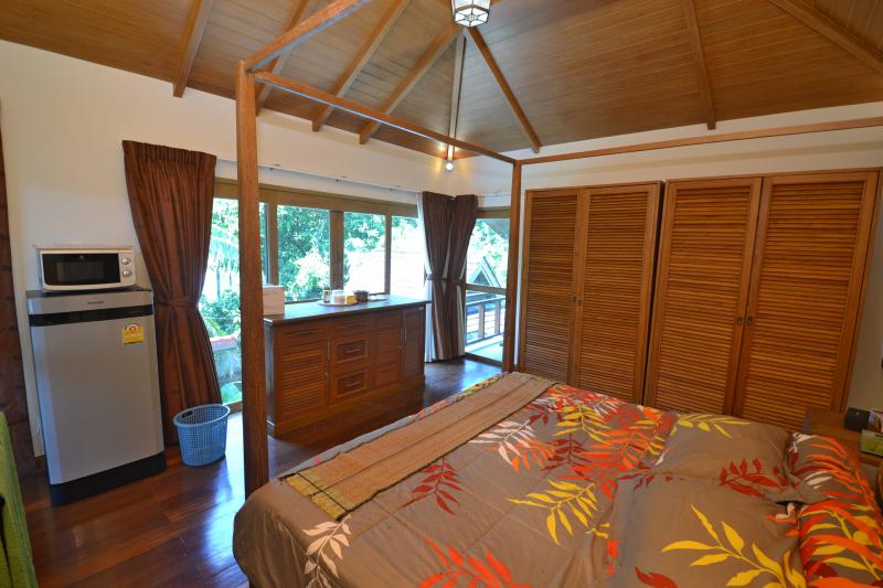 Photo Phuket 3 bedroom pool villa to sell in Chalong
