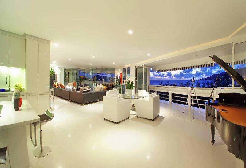 Photo  Une selection des Appartements les plus exclusifs avec vue sur mer à vendre à Patong, Phuket, Thaïlande