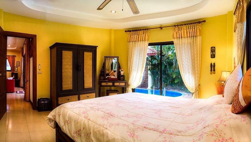 Photo Phuket charming 2 bedroom pool villa for long term rental in Rawai