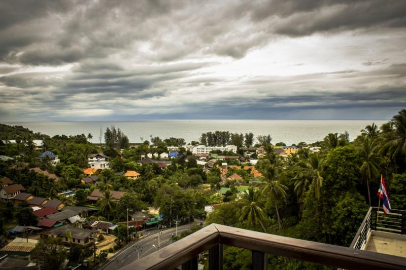 Photo Phuket condo for rent in Kata Beach