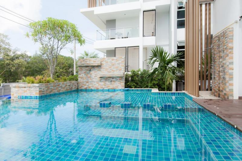 Photo Phuket fully furnished 2 bedroom Apartment for sale in Kathu.