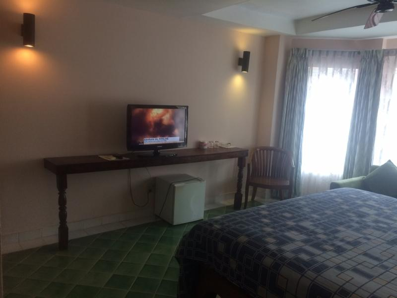 Photo Phuket hotel for sale in Patong with 17 rooms