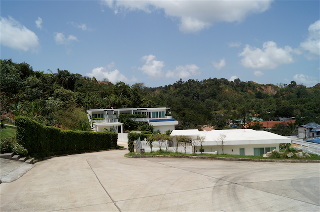 Photo Phuket-Kathu golf 2 serviced land plots for sale
