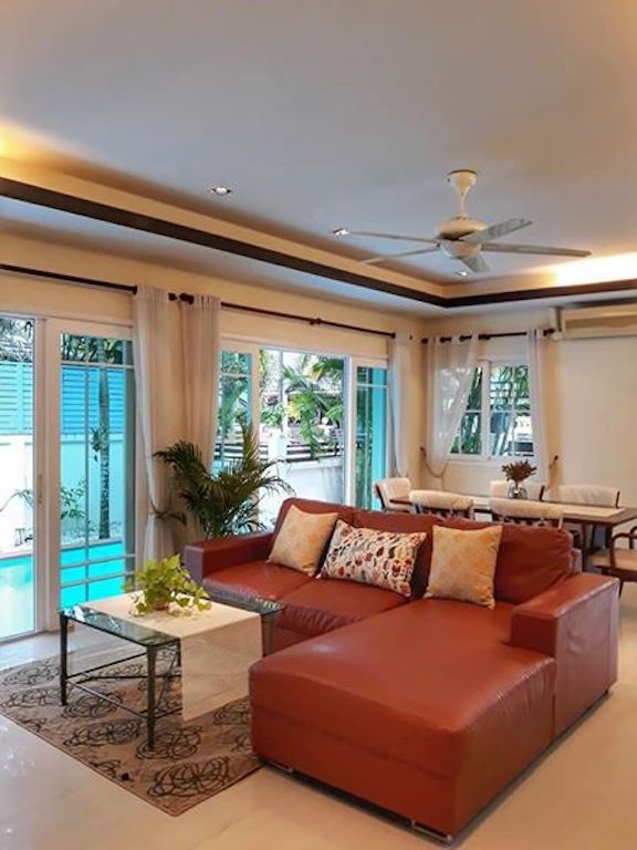 Photo Phuket-Kathu Modern 3 Bedroom Pool Villa