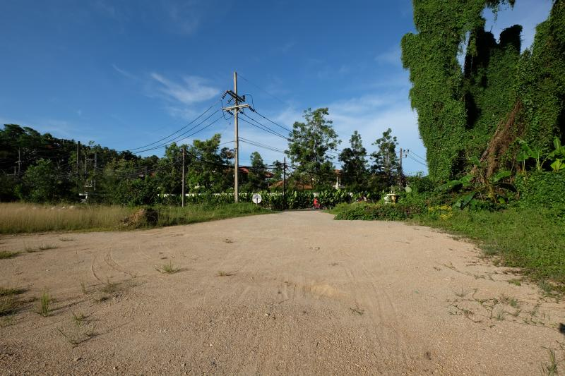 Photo Phuket land for sale in the exclusive Layan with high potential for investors